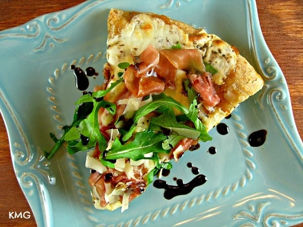 Fig-Prosciutto Pizza {with Honey-Balsamic Drizzle}