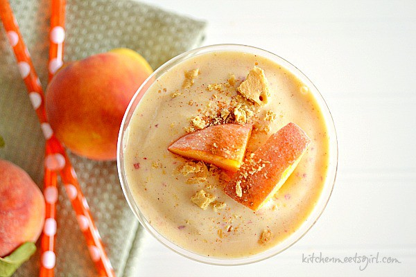 how to make a peach smoothie with yogurt