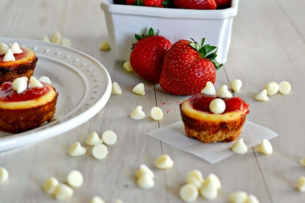 Two-Bite White Chocolate Cheesecakes from Tiny Food Party - Kitchen ...