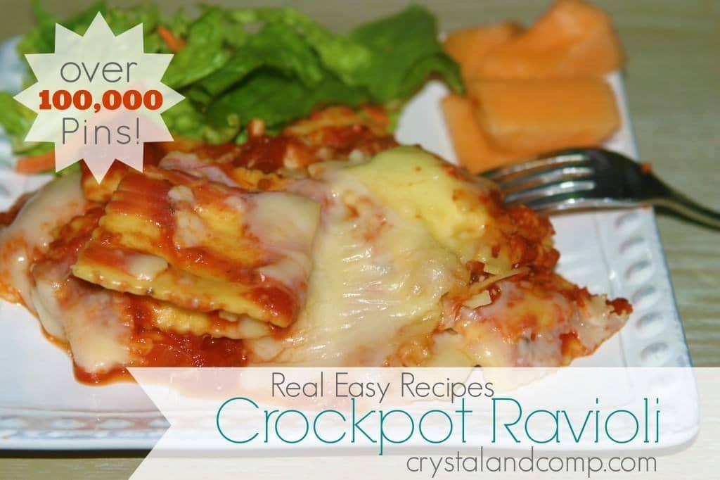 real-easy-recipes-crockpot-ravioli-from-crystalandcomp-1024x682