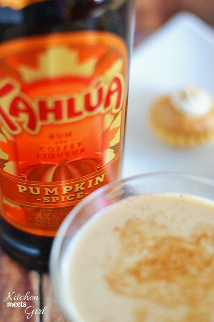 This Pumpkin Pie in a Glass is my new favorite drink for Fall. Now you can eat your pie - and drink it, too. #KahluaSpirit