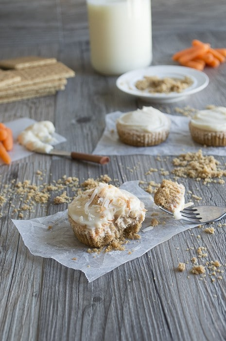 Mini-Carrot-Cake-Cheesecakes-7