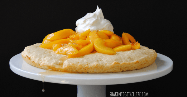 peach-shortcake-easy-Summer-dessert-featured